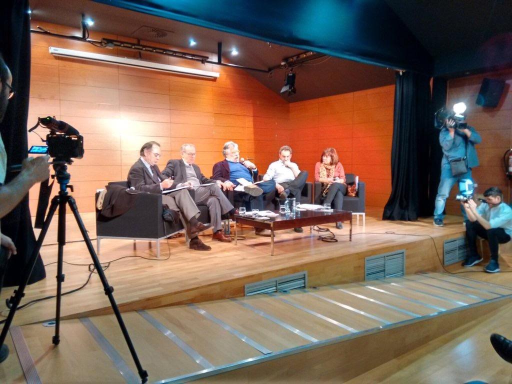 Economistas Frente a la Crisis pacto6